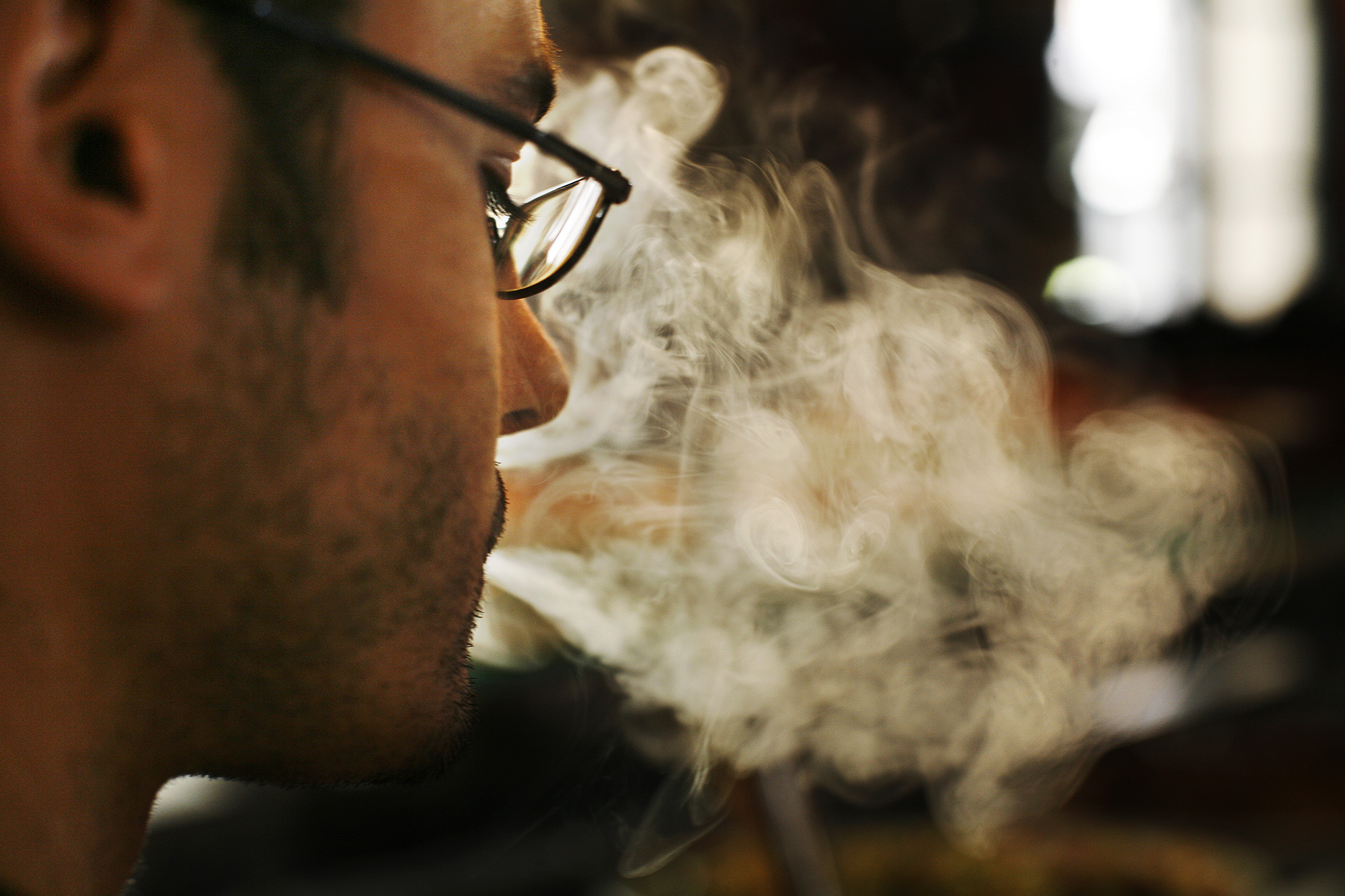 5 Percent of Workers Gave up Smoking when the Anti-Tobacco Law Took Effect