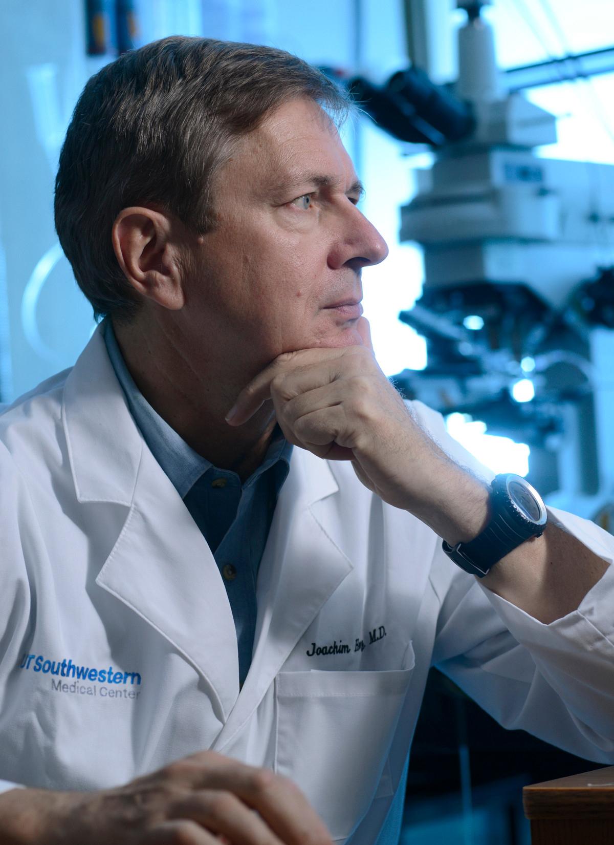 Joachim Herz, MD, UT Southwestern Medical Center