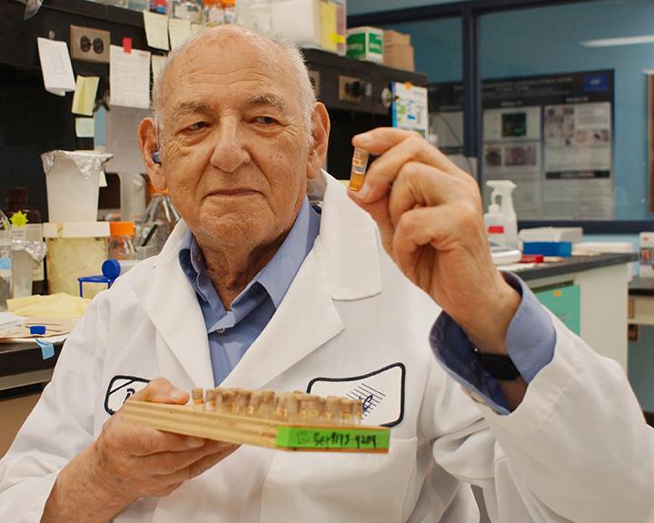 Abraham Eisenstark, Cancer Research Center